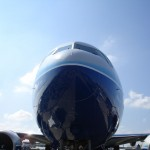 Boeing777-Frontview_Paris
