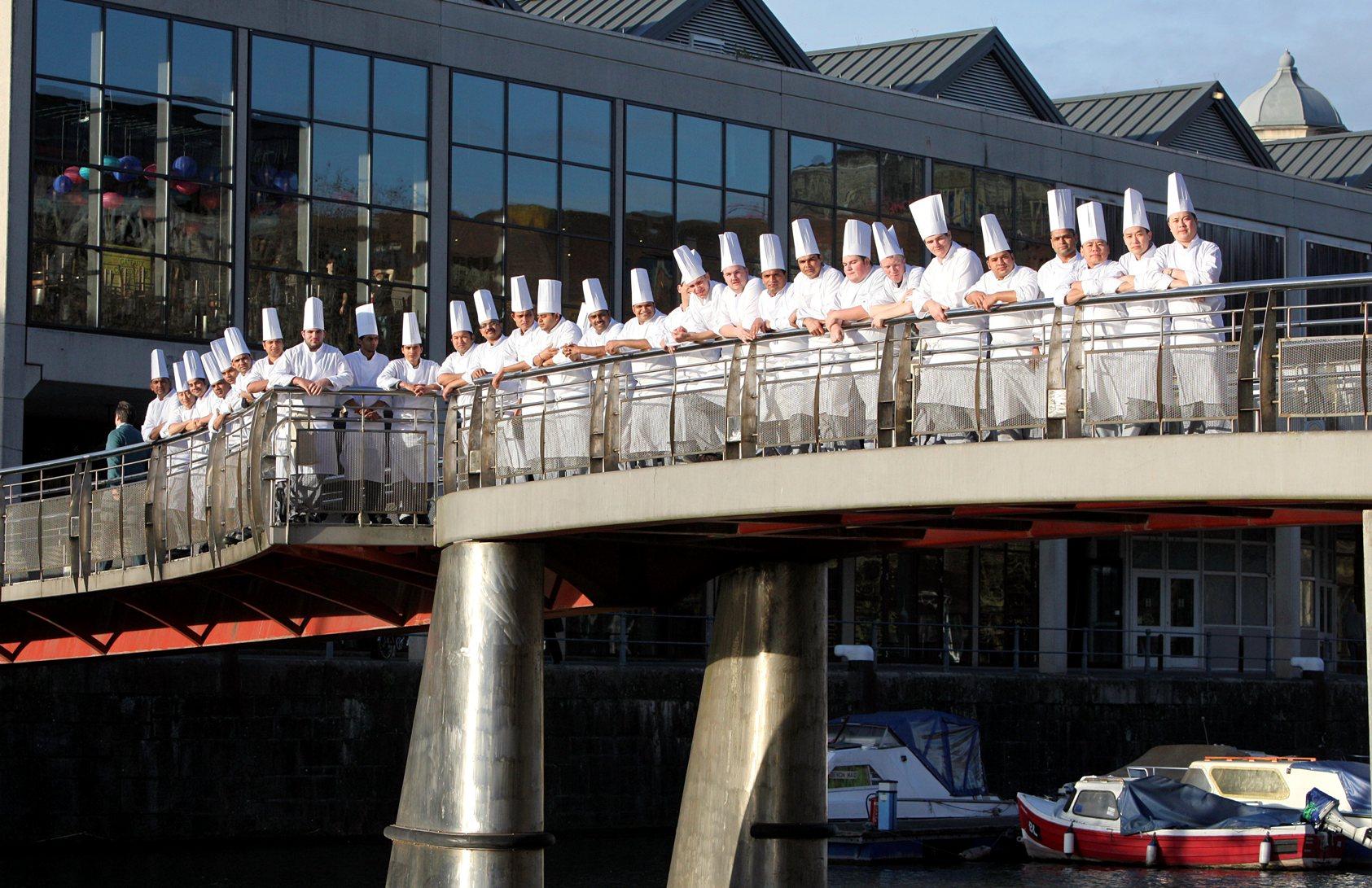 Super Restaurant Opens For Business On Harbourside