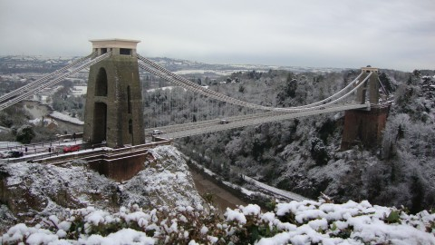 Snow chaos: Region returns to work – but faces delays