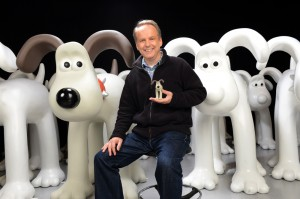 Bristol's innovative Gromit Unleashed project on track as first statues arrive in city