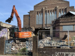 Work underway to build affordable homes on site of former Bristol swimming baths